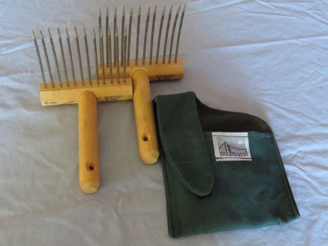 viking-wool-combs-1